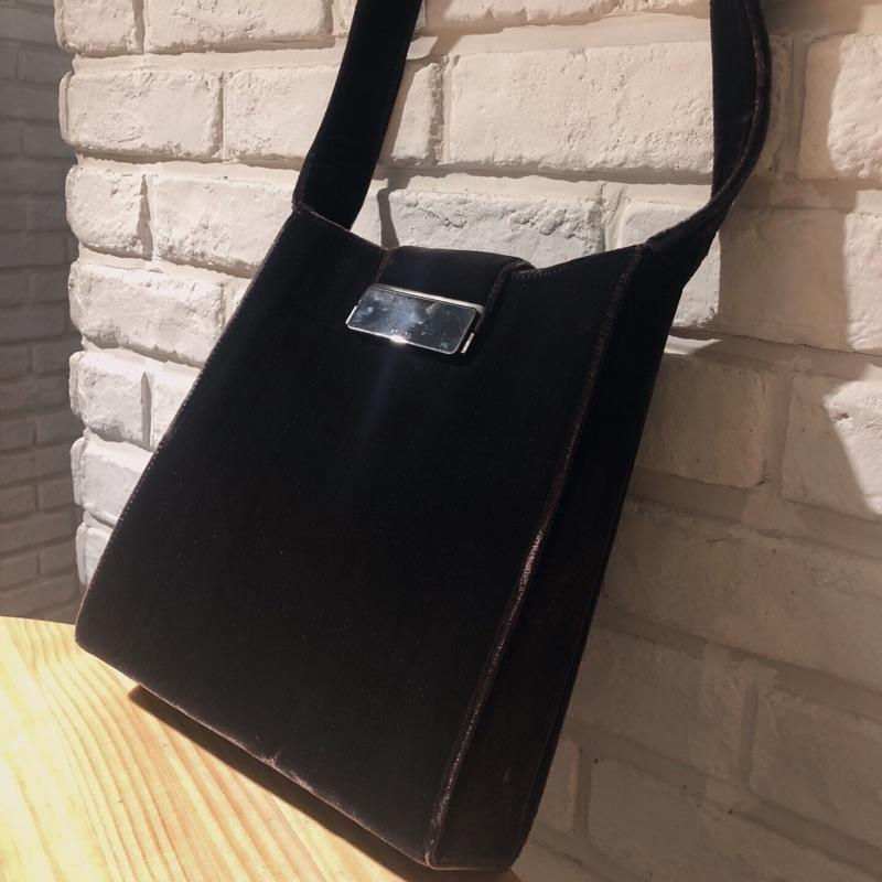 newest 136f9 bb05d 【其他平台售出】Prada棕紫色絲絨面單肩中古包vintage