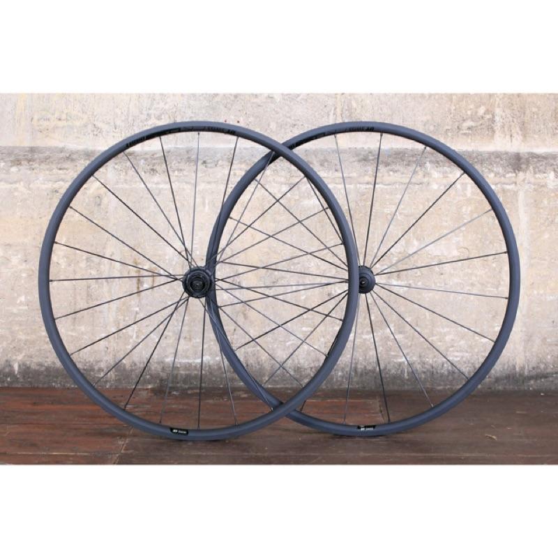 【RINDO BIKE】DT Swiss PR1400 DICUT OXiC 21陶瓷鍍層鋁合金爬坡輪