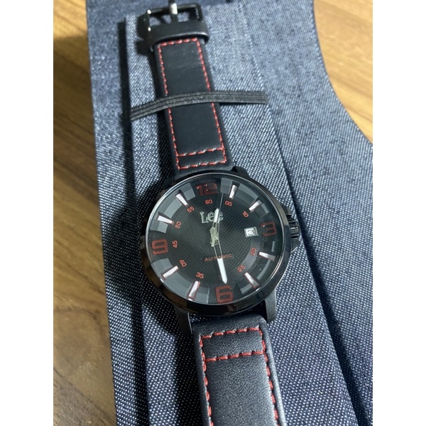 LEE-簡約酷黑夜光指針機械款皮帶手錶(黑紅)