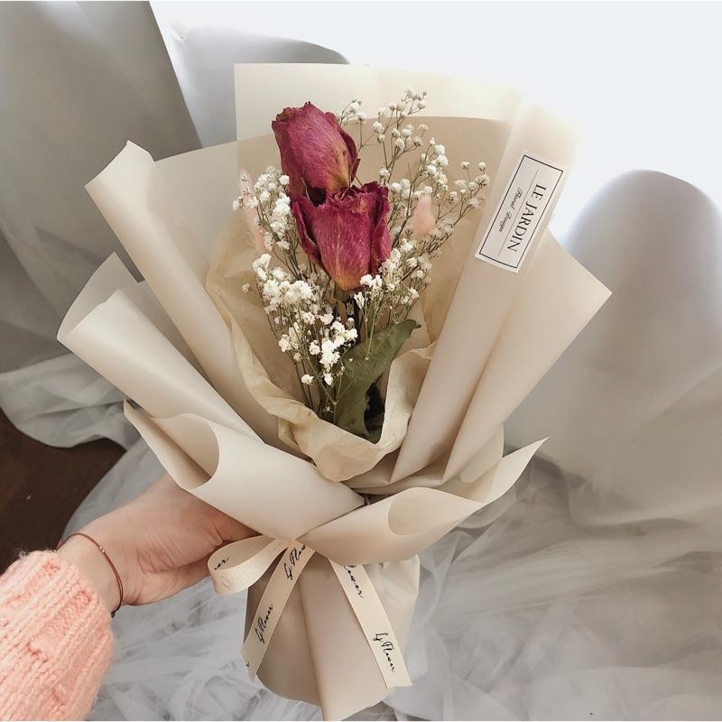 進口桃粉乾燥玫瑰大花朵煙茶色包裝限量花束 情人節花束 蝦皮購物
