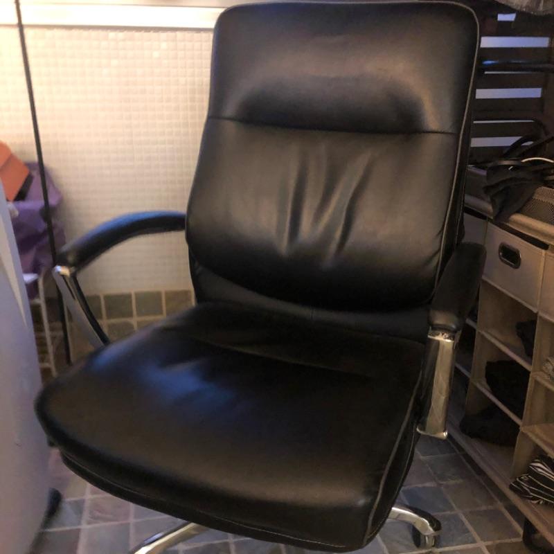 二手 汐止costco好市多購入 黑色金屬底座主管椅 辦公椅 旋轉椅