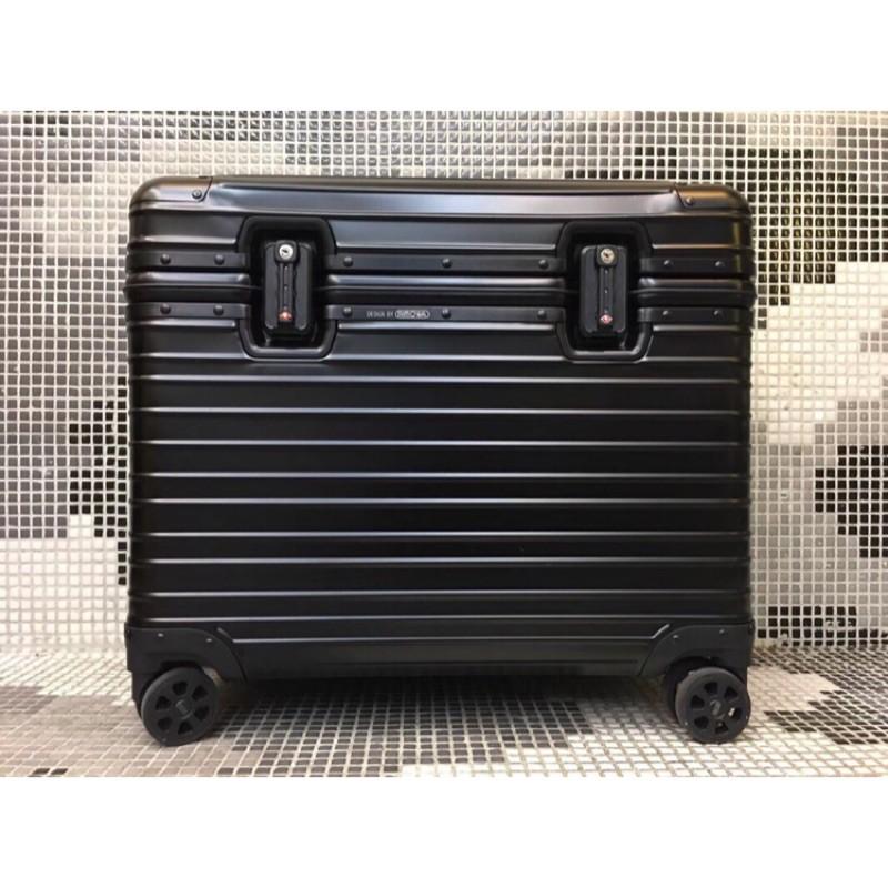 歐洲代購 貨號 機長箱 到貨 RIMOWA 航空箱 加厚進口鋁合金 高級靜音萬向輪 細節全套logo 👍做工精細