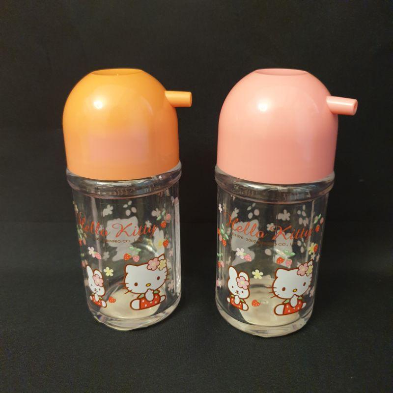 (2個一組)韓國製  絕版kitty穿草莓衣與小兔 醬料罐 醬油瓶 醋瓶