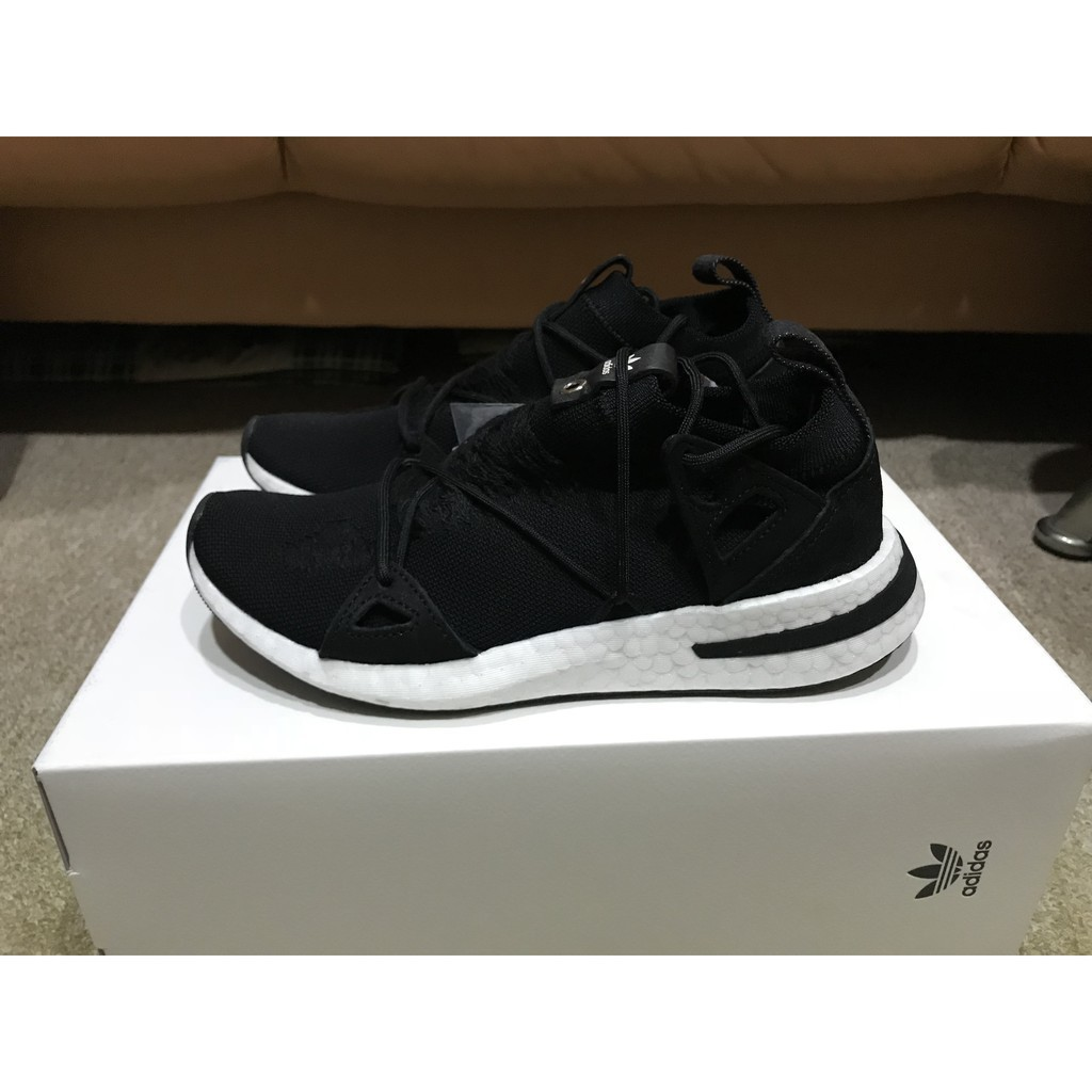 more photos d1cb5 383df 椰子Naked x Adidas Consortium Arkyn 黑白聯名女慢跑鞋英國公司貨AC7669  蝦皮購物