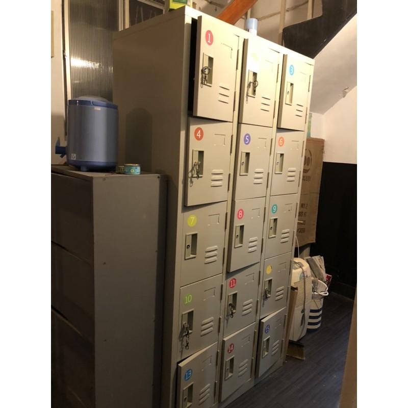 永和二手/15格鐵製置物櫃/員工置物櫃