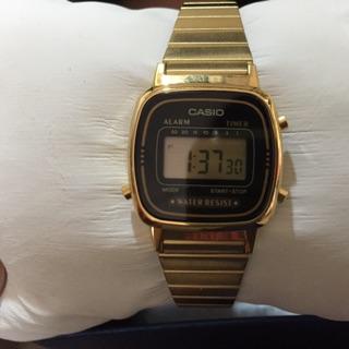 Casio復古金鍊電子錶