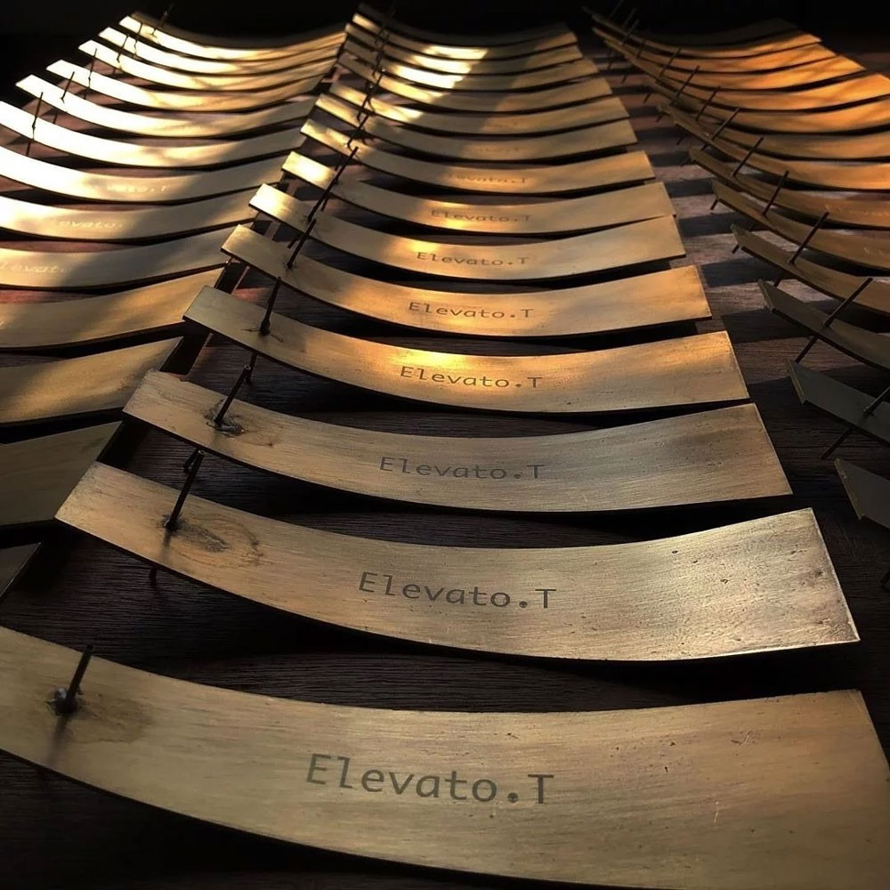 【Elevato.T】黃銅線 手作 線香盤 / 香盤 / 香座 / 線香座 (金色) 化學原宿
