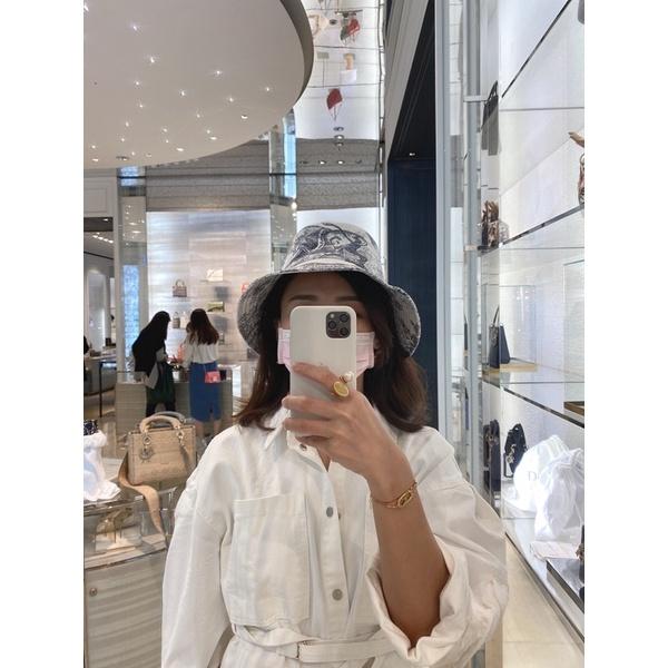 Dior動物紋漁夫帽