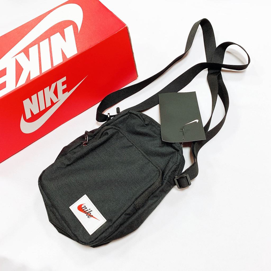 7b354b2d1e Nike Heritage Smit Label 黑腰包小背包側背包斜肩包BA5809-010 IMPACT ...