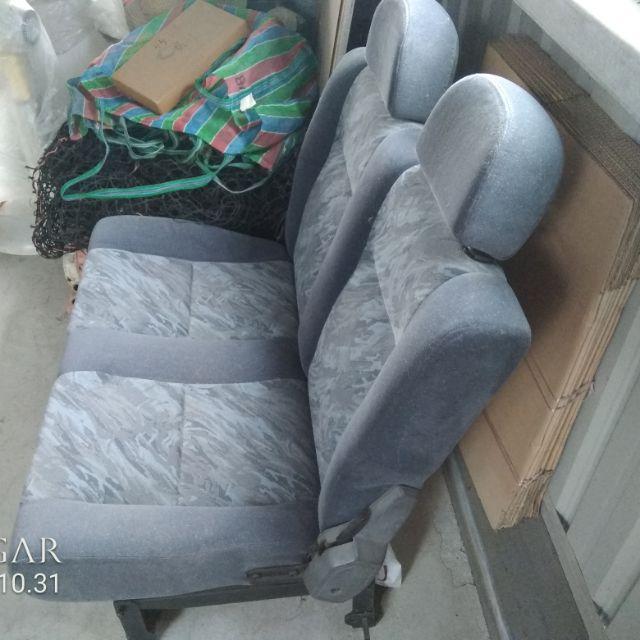 售得利卡Delica  4WD   絨布座椅第二排、第三排$3000