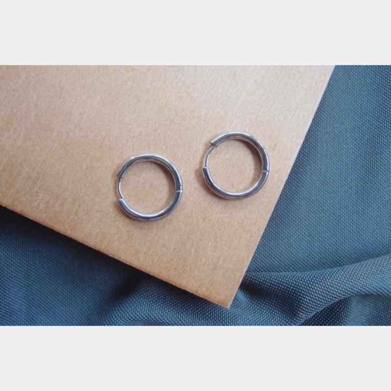 銀色粗圈圈⭕️耳環