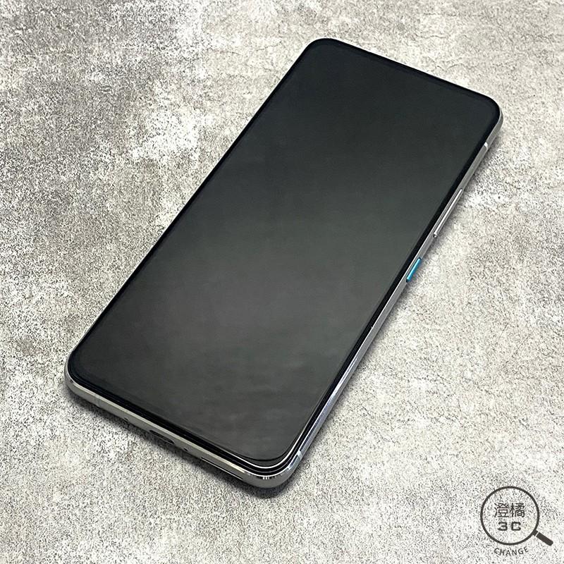 ASUS Zenfone 8 Flip 8G/128G (6.67吋) 銀 二手 無盒裝《ZS672KS》A53026