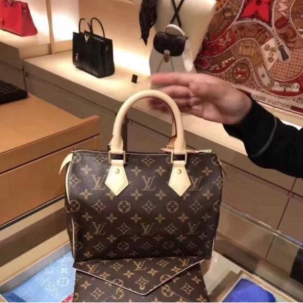 法國代購** Louis Vuitton LV SPEEDY BANDOULIÈRE 25 附背帶 手提包 M41113