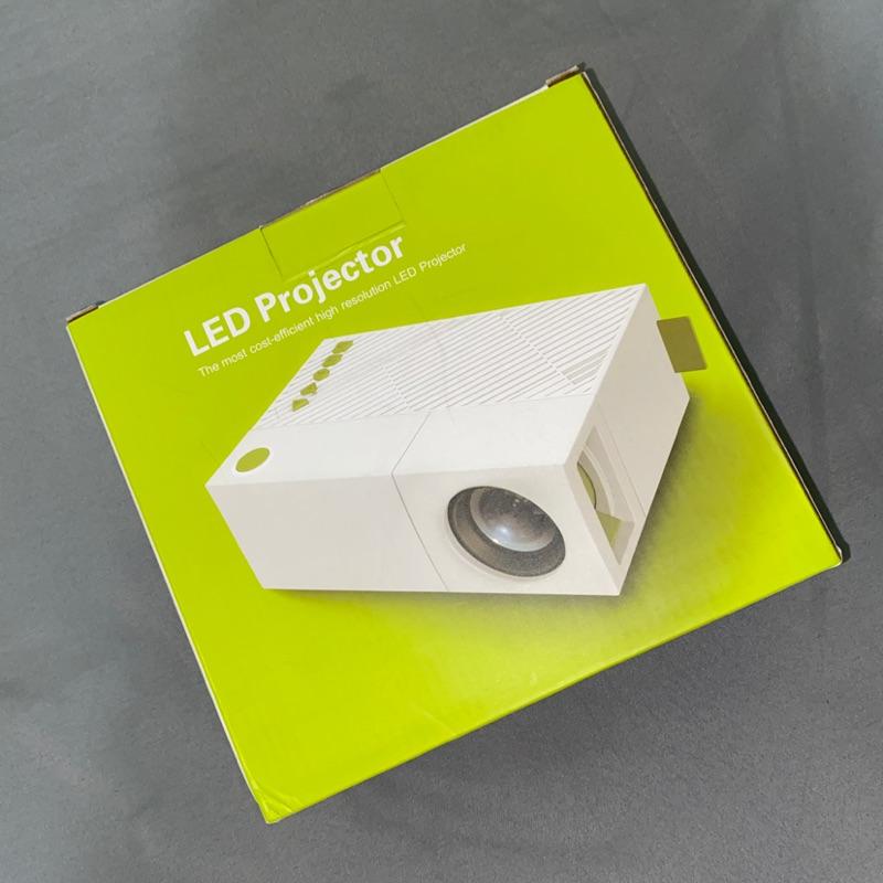 YG310 超微型遙控小型投影機
