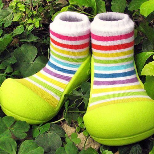 Attipas 快樂腳襪型學步鞋-彩虹綠底