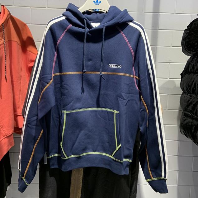 Adidas/愛迪達三葉草男子冬季新款拼接針織連帽休閒運動套頭衫衛衣GN3893