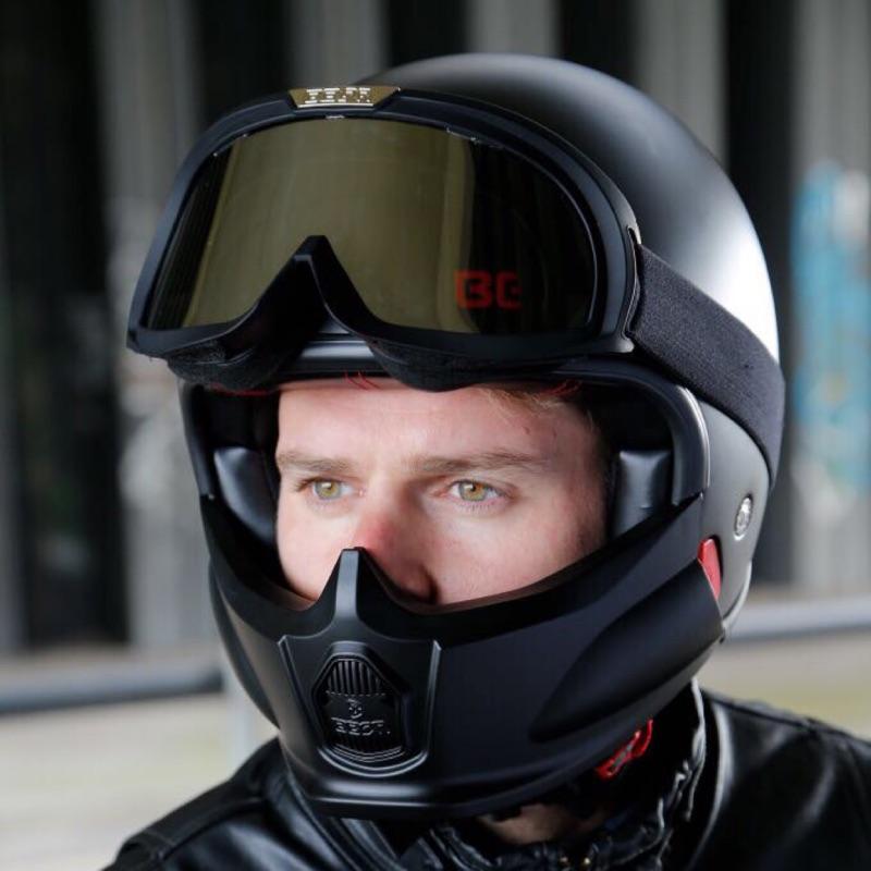 BEON啞光黑色全罩式安全帽