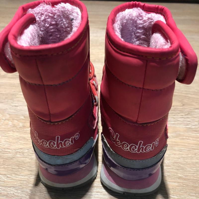 品牌童鞋大出清,Skechers防潑水內刷毛高筒雪靴 價格下殺