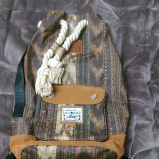 正版RITE防水後背包  rite 多用型後背包