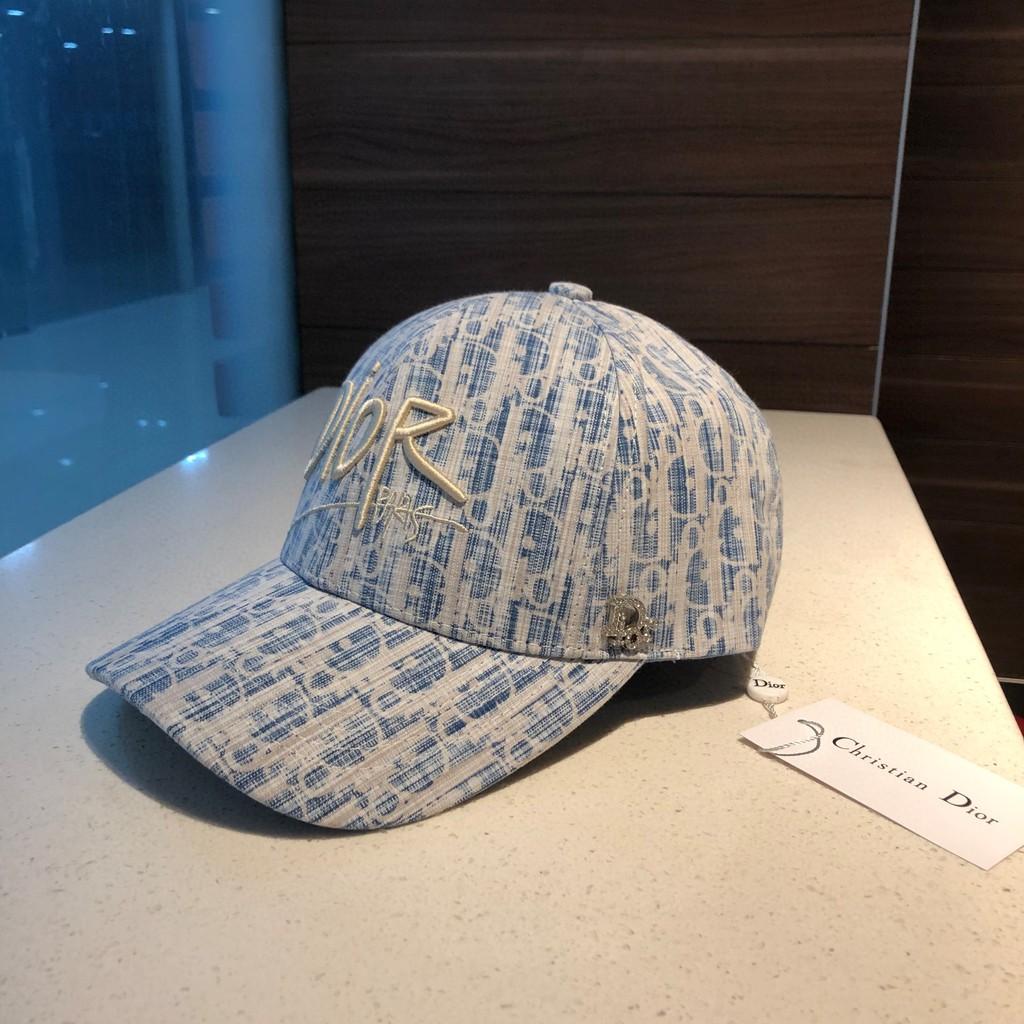 迪奧棒球帽子 Dior羽絨棒球帽 簡約大氣鴨舌帽 logo字母刺繡棒球帽 女生棒球帽 休閒戶外遮陽帽 防曬帽 潮流帽