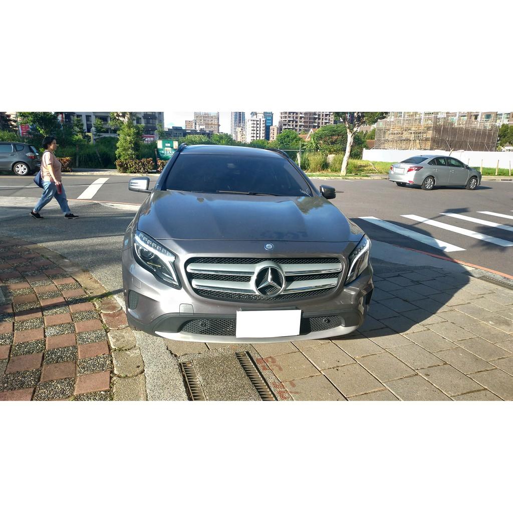 2015 賓士 Benz GLA180 1.6 灰色 休旅車 SUV 五門 小車 渦輪增壓 ~ 二手車 中古車