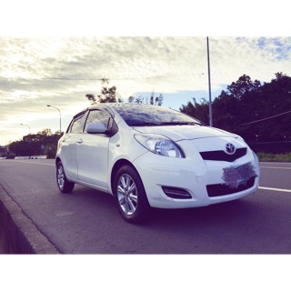 2014年Toyota Yaris 1.5 g smart 白 ikey 休旅車 SUV 房車 二手車 轎車 中古車 桃園市