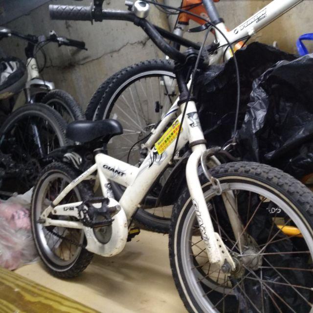 出清 二手車 捷安特兒童 KJ182系列腳踏車12 16吋 多款顏色可選 藍 橘 黃 黑 白色 歡迎淡水自取