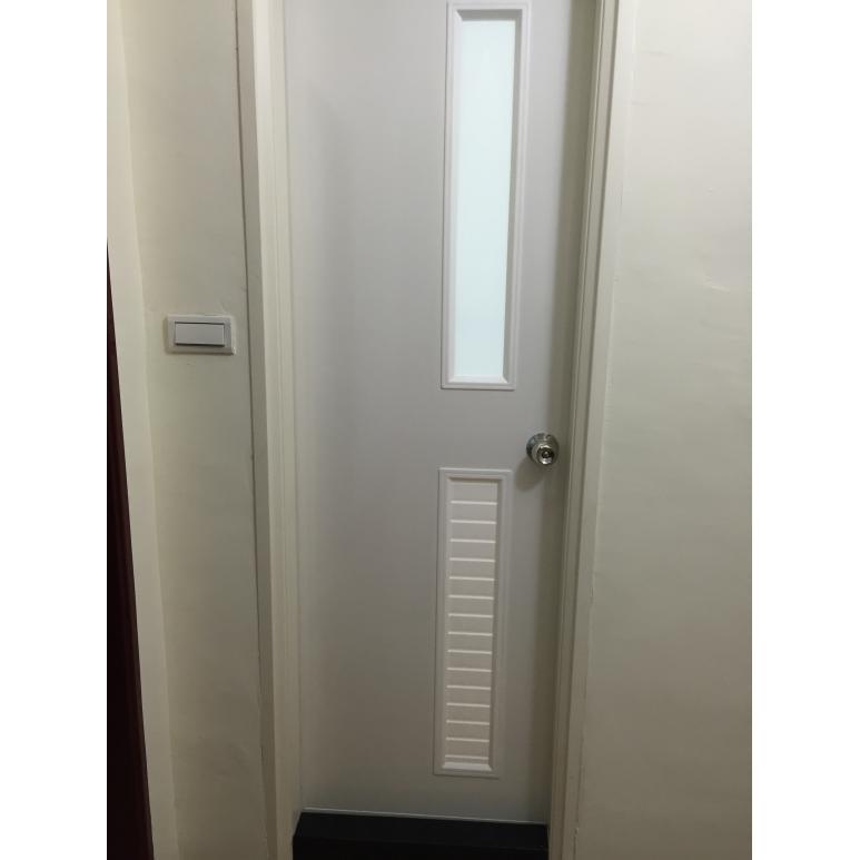浴廁門 玻璃牙白(上玻下百) 塑膠門 塑鋼門 浴室門 台中 安裝 維修