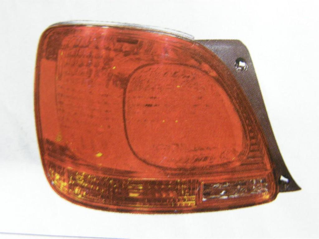 凌志 LEXUS GS300 01 後燈 尾燈 其它幫浦,發電機,啟動馬達,油封,墊片,橡皮,昇降機,皮帶,水切歡迎詢問