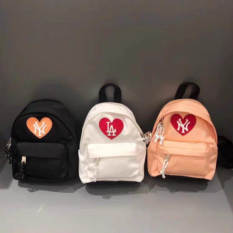 韓國代購MLB 新款雙肩包Heart系列 後背包洋基 道奇 愛心刺繡 雙肩包 泫雅同款愛心小揹包 實拍