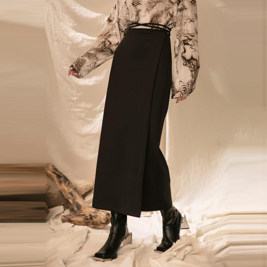 X.O.X.O.腰綁帶一片式黑色長裙