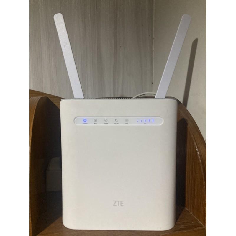 中興ZTE(MF286 )送「天線 ,電池」 台灣全頻4G分享器