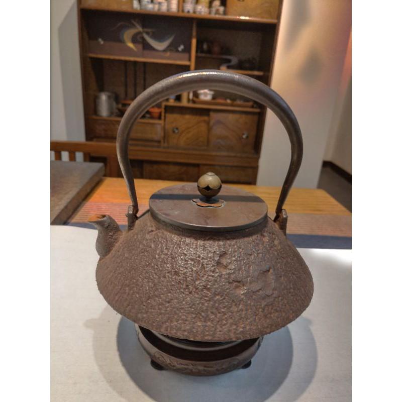 日本老鐵壺  傘型提手銀象嵌#05#