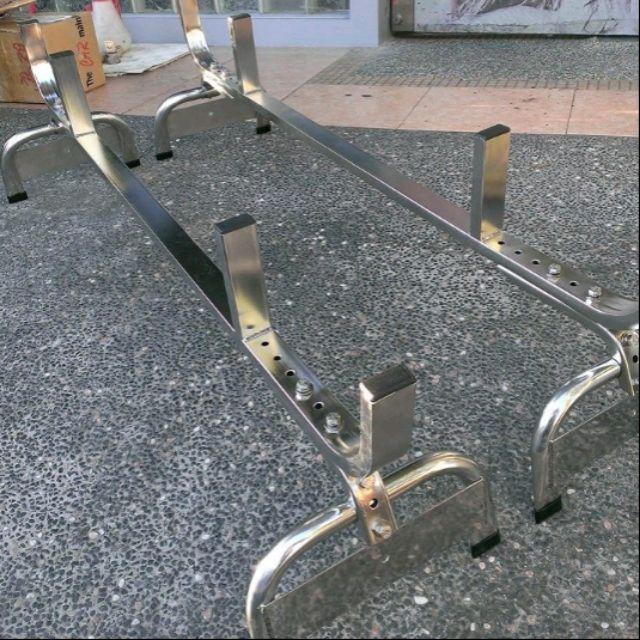 菱利.得利卡.space gear 適合工程用車,放置鋁梯、裝潢材料、塑膠水管等長形物品樓梯.白鐵材質,有方管,圓管型式