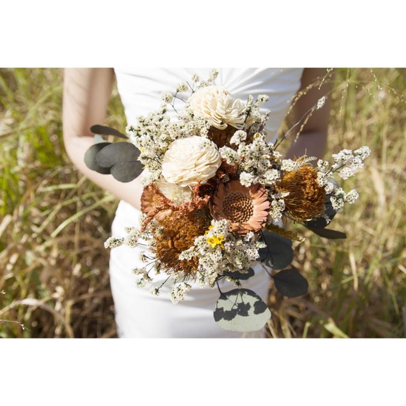 白色質感法式輕婚紗二手