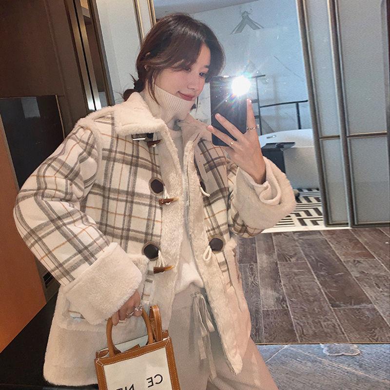 羊羔毛格子外套女冬季新款韓版寬鬆百搭復古網紅時尚上衣氣質 長版外套 毛呢大衣 排扣大衣 大衣 外套