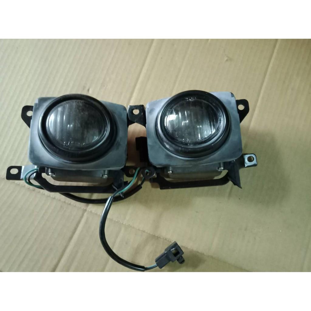 雅哥  K7 1994年  霧燈  白鑽色  台製  左右邊 單邊標價