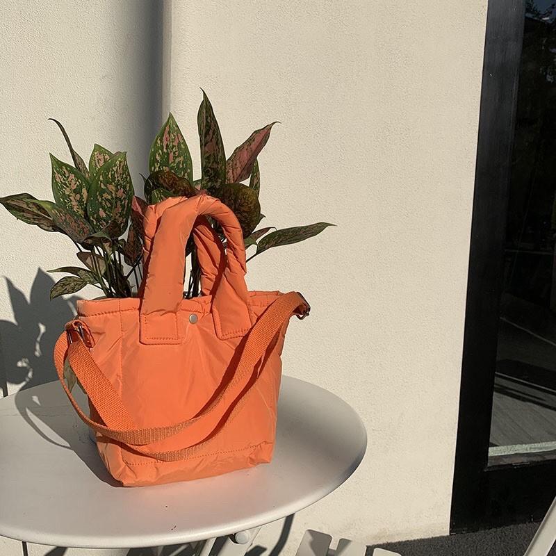 上新預售 黑色現貨1 小眾設計 原創2020秋冬新款棉包單肩斜挎手提包袋女手機包可愛小包