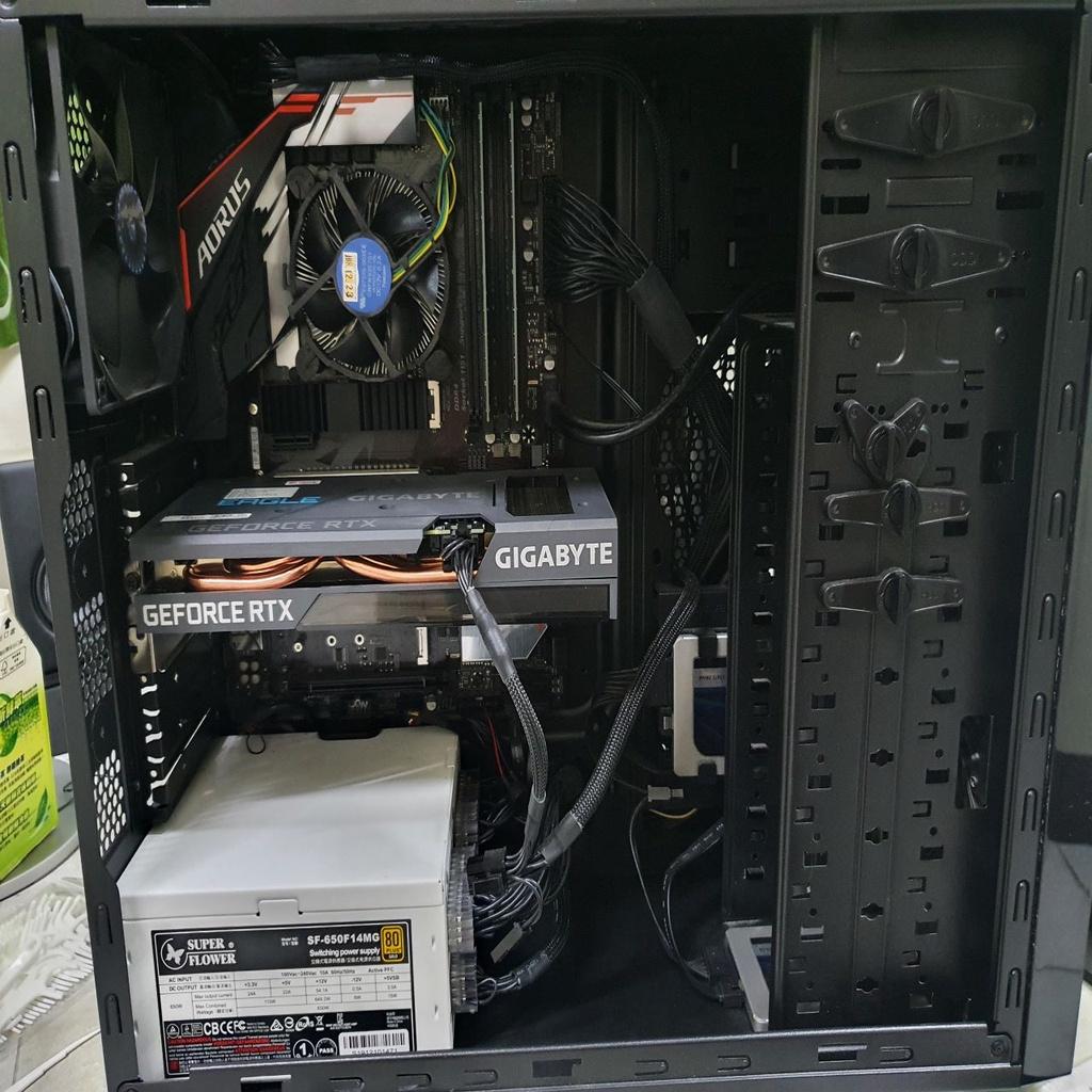 Intel i5-9400F RTX3060Ti EAGLE 8G(未鎖)