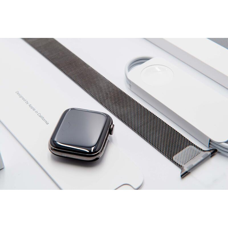 狀況好僅拆封福利品 內文有實圖及商品詳述 米蘭式錶環 不鏽鋼 Apple watch S6 44mm GPS A2376