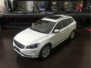 【E.M.C】1:18 1/ 18 Volvo XC60 SUV 模型車 白色/ 棕色 台南市
