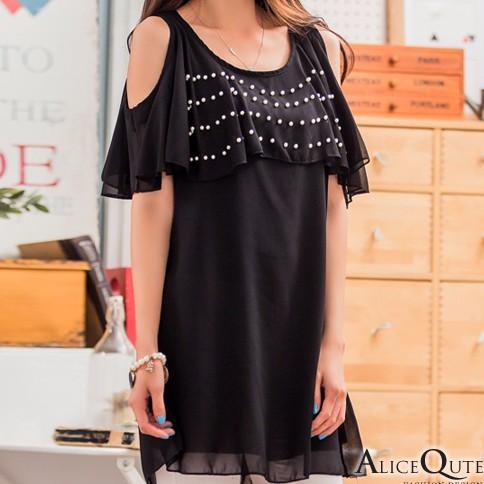 Alice Qute【67627】雪紡釘珠大圓領露肩短袖百搭寬鬆長版上衣(黑色)(有大碼)。現貨+預購。