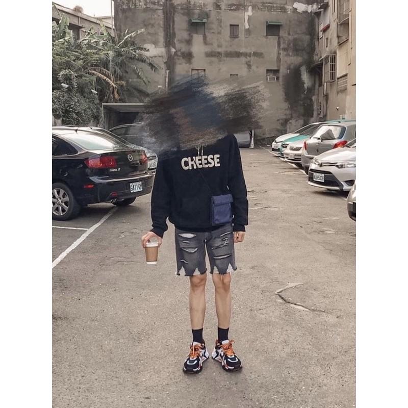 Korea 灰黑色 抽鬚 牛仔短褲 男 二手 尺寸:S
