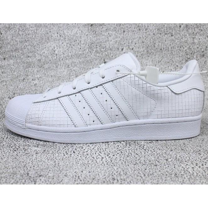 ADIDA ORIINAL UPERTAR 小白鞋 格紋 貝殼頭 休閒鞋 AQ8334