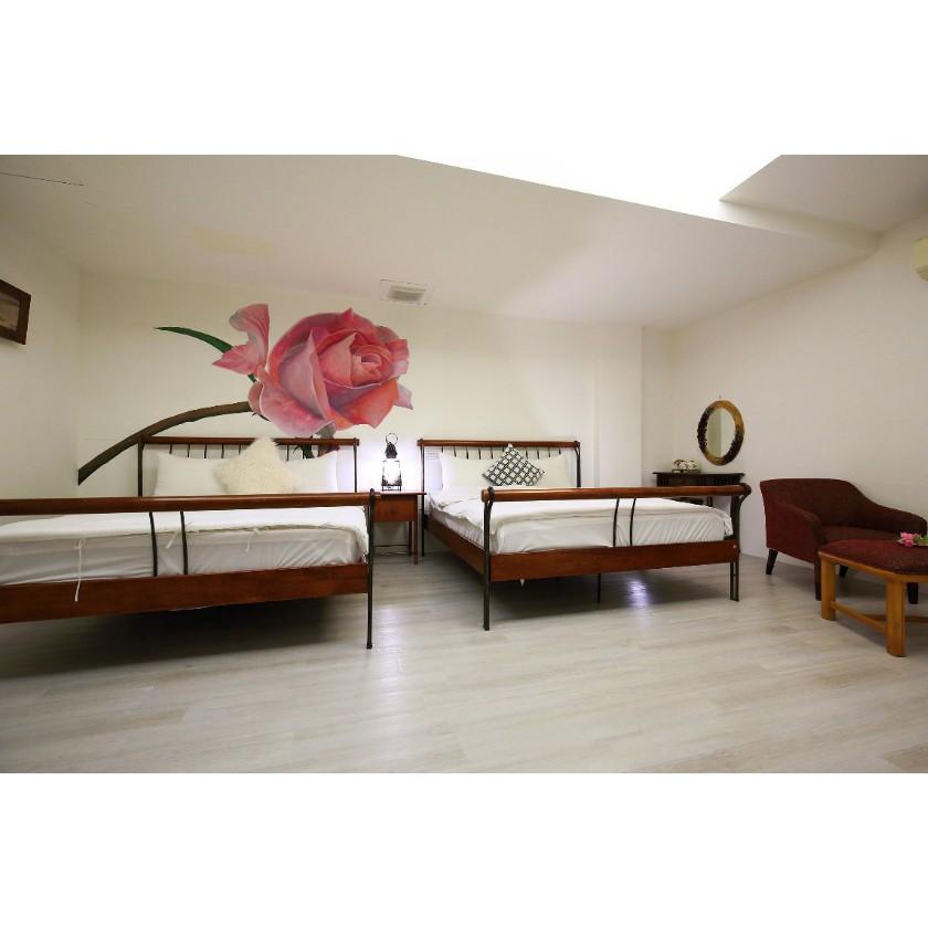 花蓮玫瑰花園典雅4人房B款套房住宿券