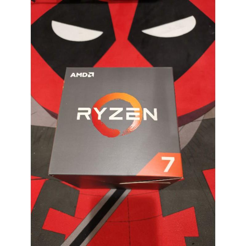 AMD R7 2700X保固內盒裝公司貨RYZEN 3600可以參考