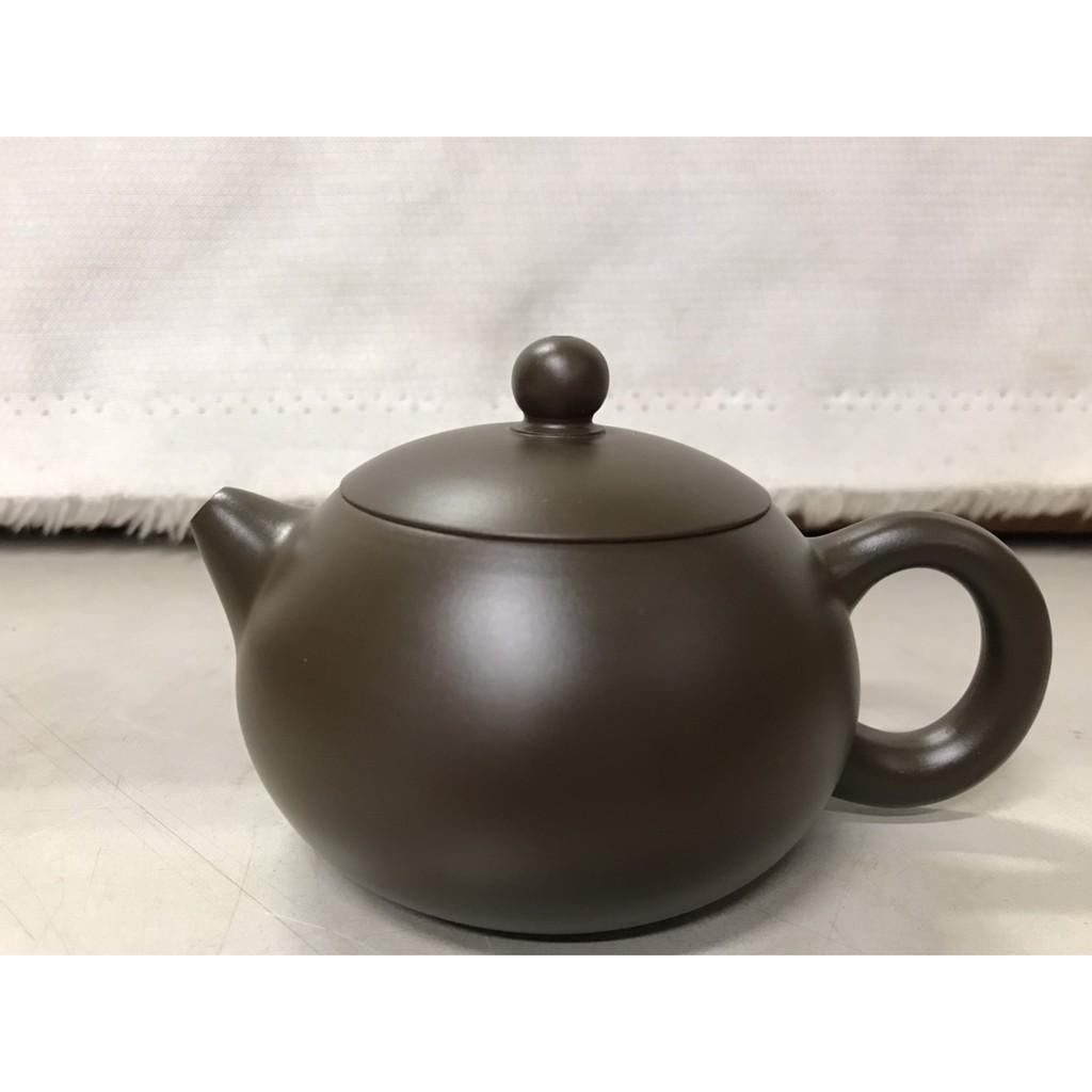 168小市場NO45 紫砂壺 章燕明名家工藝美術師 薄胎茶壺 土胎好 聲音扎實響亮 手工細膩 值得收藏