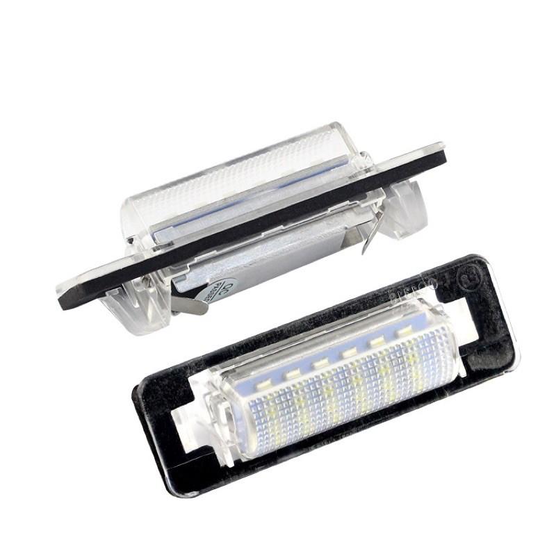 賓士 W210 W202 專用LED車牌燈BENZ牌照燈E-Class W210  W202 E級C級車燈改裝 超白光