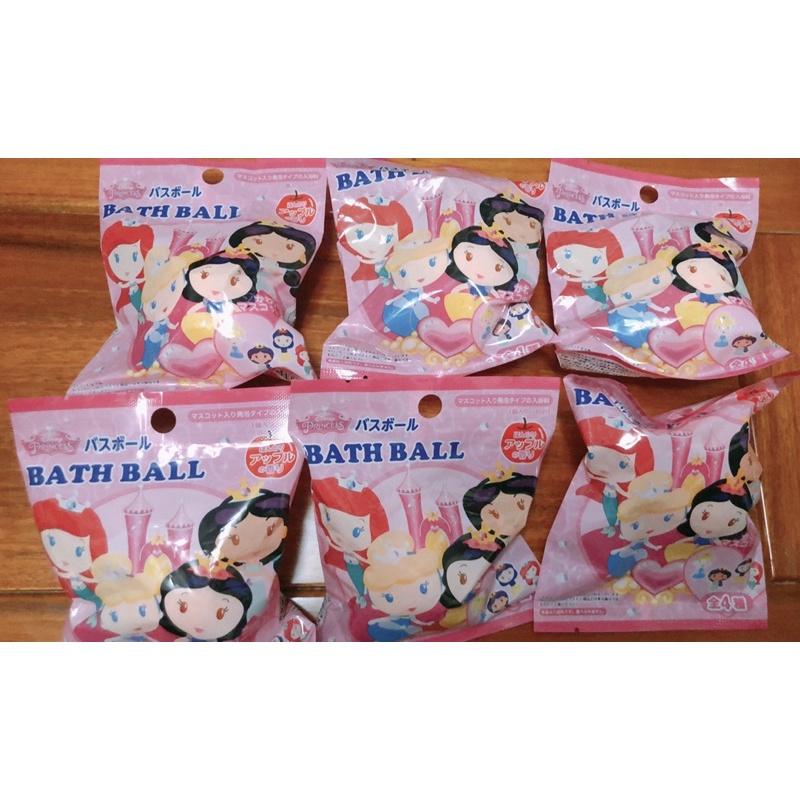 日本大創🇯🇵泡澡球(公主、三眼怪、火車、RODY、萬聖節、小熊維尼、米奇米妮、愛心熊)