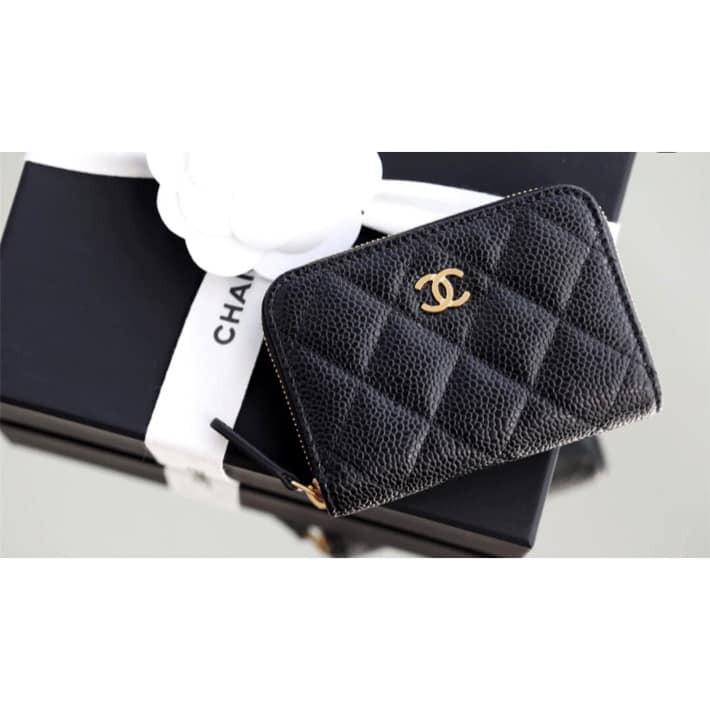 Chanel 經典CC Logo 金釦 2層 拉鏈零錢包 新款背面 還有設計 一個夾層 超實用的